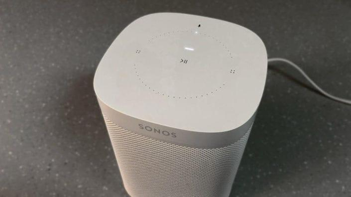 Sonos One's touch controls allow you to turn the mic on and off, play and pause music, and adjust the volume.