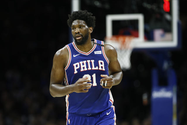 Joel Embiid's finger injury puts the 76ers in a difficult position. (AP Photo/Matt Slocum)
