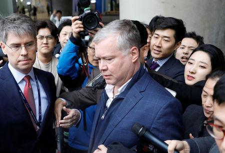 FILE PHOTO: U.S. Special Representative for North Korea Stephen Biegun is surrounded by media upon his arrival to Incheon International Airport in Incheon, South Korea, February 3, 2019.   REUTERS/Kim Hong-Ji