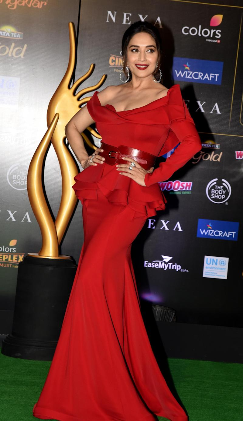 Madhuri Dixit at IIFA Awards. (Photo: SUJIT JAISWAL via Getty Images)