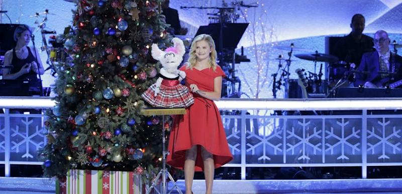 Americas Got Talent Christmas.America S Got Talent Winner Darci Lynne Farmer To Star In A