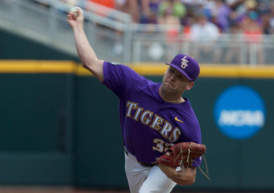 Alex Lange pitches for LSU in 2017.
