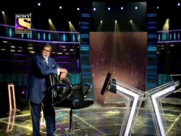 Amitabh Bachchan on the sets of KBC (Image Source: Instagram)