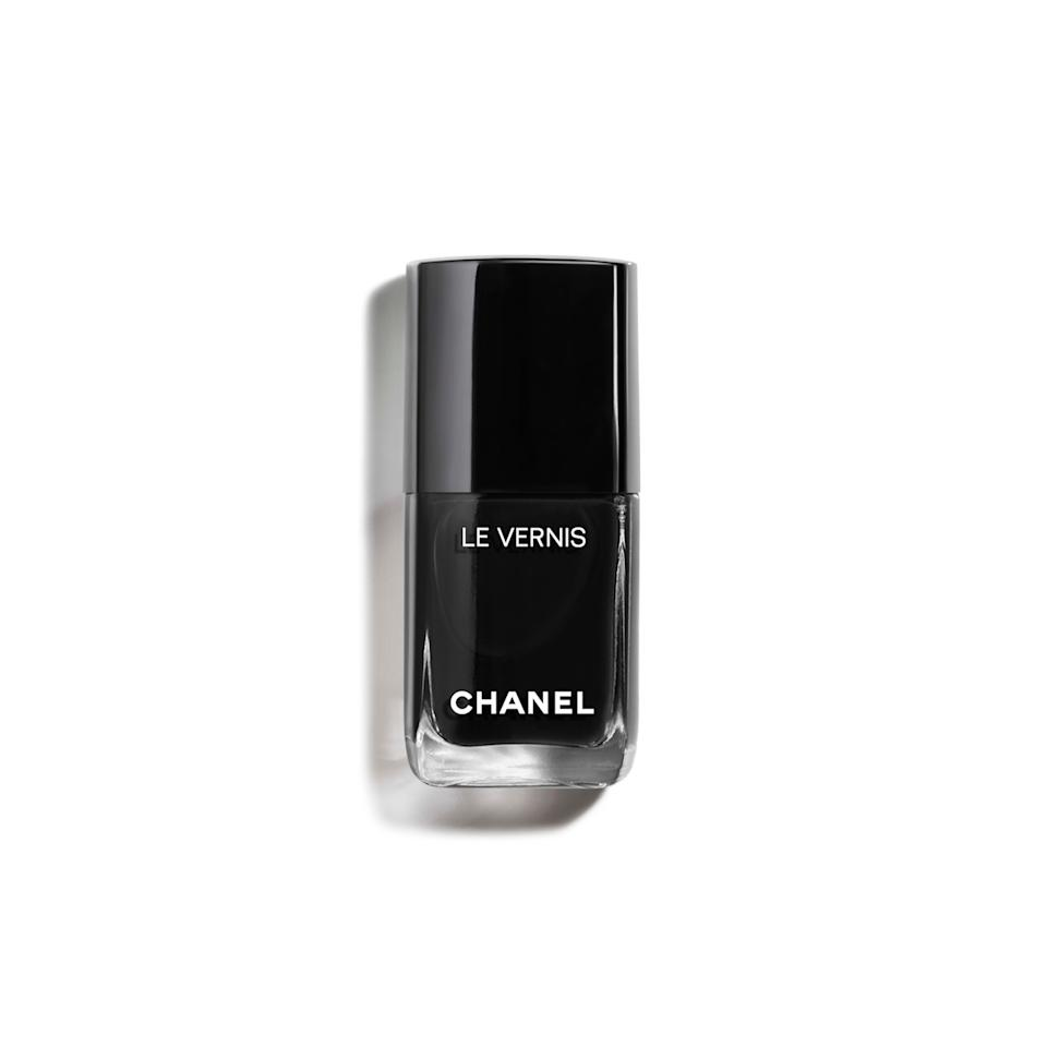 "<h3>Chanel Pure Black</h3><br>We trust the color forecasts of nail pro <a href=""https://www.instagram.com/betina_goldstein/"" rel=""nofollow noopener"" target=""_blank"" data-ylk=""slk:Betina Goldstein"" class=""link rapid-noclick-resp"">Betina Goldstein</a>, who gave us the head's up that <a href=""https://www.refinery29.com/en-us/green-nail-polish"" rel=""nofollow noopener"" target=""_blank"" data-ylk=""slk:green would be trendy for early September"" class=""link rapid-noclick-resp"">green would be trendy for early September</a>. Now, she tells us she's very into Chanel's Black for a seasonal color refresh, calling this shade ""the perfect October nail polish.""<br><br><strong>Chanel</strong> Chanel Le Vernis Longwear Nail Colour in Pure Black, $, available at <a href=""https://go.skimresources.com/?id=30283X879131&url=https%3A%2F%2Fwww.chanel.com%2Fus%2Fmakeup%2Fp%2F159713%2Fle-vernis-limited-edition-longwear-nail-colour%2F"" rel=""nofollow noopener"" target=""_blank"" data-ylk=""slk:Chanel"" class=""link rapid-noclick-resp"">Chanel</a>"