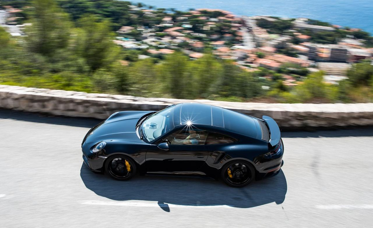 <p>An eight-speed dual-clutch automatic transmission in the new 911 Turbo S replaces the seven-speed dual-clutch gearbox in the outgoing car. </p>