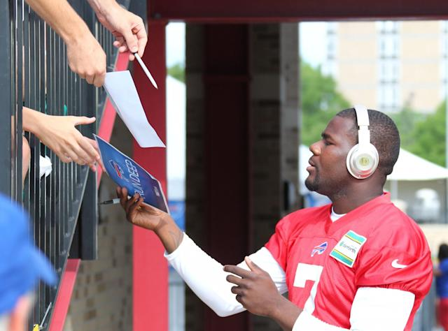 "<a class=""link rapid-noclick-resp"" href=""/nfl/players/29373/"" data-ylk=""slk:Cardale Jones"">Cardale Jones</a> is among Ohio State's Class of 2017. (AP)"