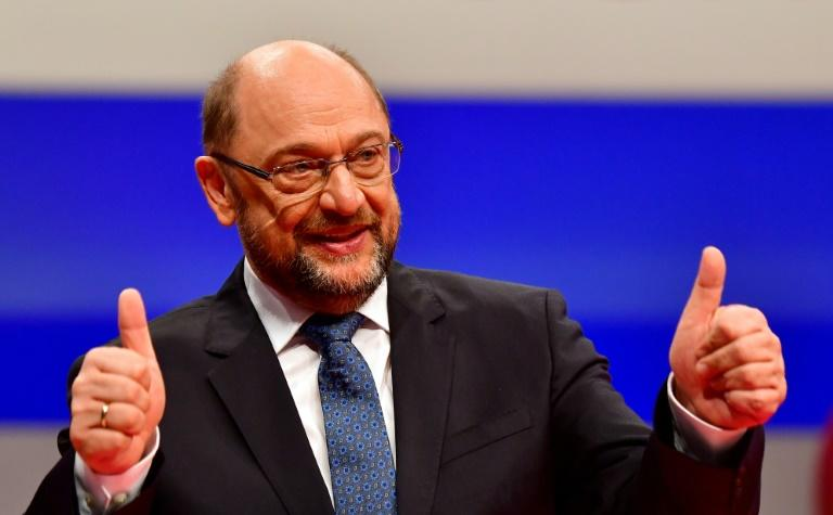 Schulz said only a more united EU could meet challenges such as combating climate change or managing mass migration, forcing internet giants  to respect civil rights or stopping large companies from dodging taxes