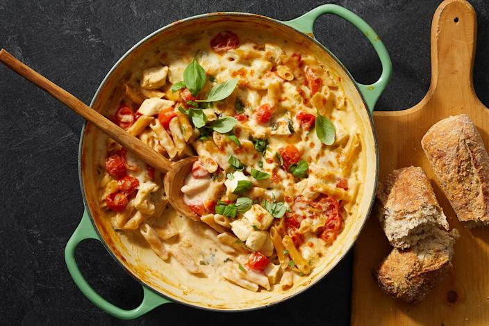 <p>This one-skillet dinner features the flavors of a summer caprese salad. Fresh tomatoes and basil are combined with chicken and pasta and cooked in a creamy sauce before being topped with a layer of melted mozzarella. A good-quality balsamic vinegar and a sprinkling of fresh basil completes the dish.</p>