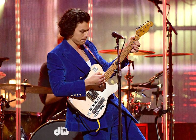 NEW YORK, NEW YORK - MARCH 29: Harry Styles performs at the 2019 Rock & Roll Hall Of Fame Induction Ceremony - Show at Barclays Center on March 29, 2019 in New York City. (Photo by Mike Coppola/WireImage)