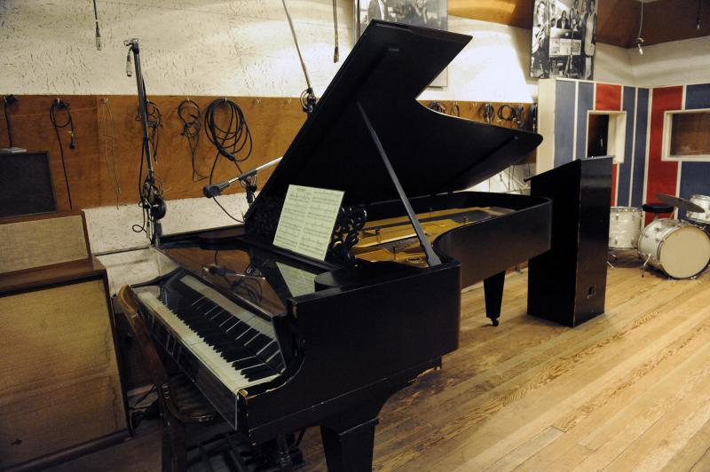 In this Oct. 31, 2011 photo, an 1877 Steinway grand piano used by Motown artists is seen in a Motown recording studio in Detroit. Now that an 1877 Steinway grand piano used by Motown artists has been restored, it's time for the historic instrument to be played. And who better to do that than ex-Beatle Paul McCartney, who orchestrated the piano's refurbishment, and Berry Gordy, the architect of the Motown music label. (AP Photo/Detroit News, David Coates) DETROIT FREE PRESS OUT; HUFFINGTON POST OUT ; MAGS OUT; MANDATORY CREDIT