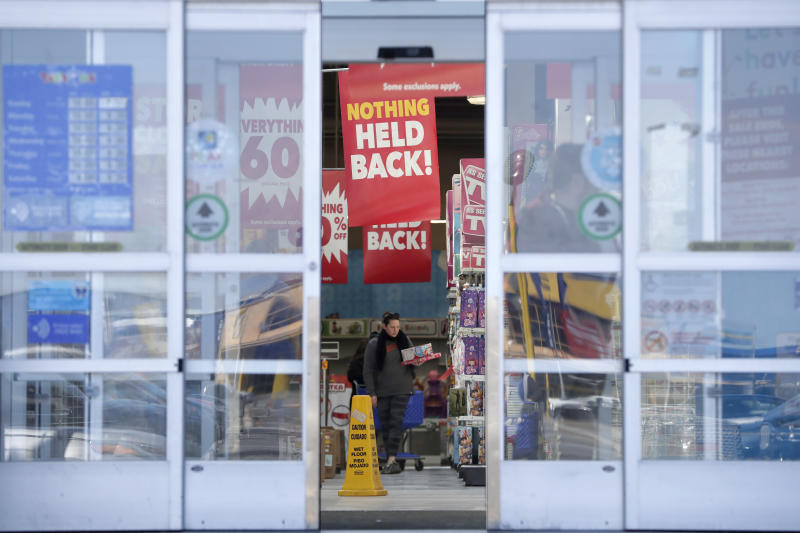 A Swan Song For Toys R Us The Going Out Of Business Sale