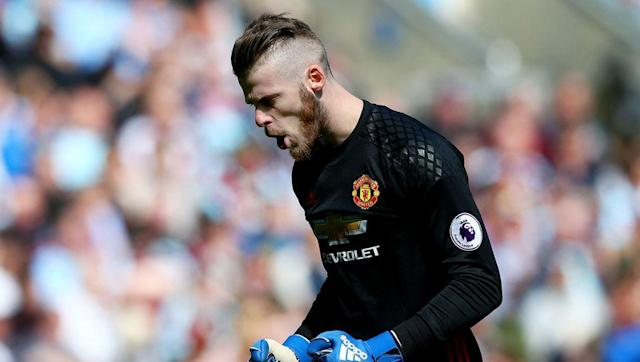 """It looks set to be another turbulent summer for Manchester United goalkeeper David De Gea who is being targeted once again by Spanish club Real Madrid. The next question is if David de Gea does leave Old Trafford, who should be signed to replace him? United legend Peter Schmeichel's son Kasper? Both are Premier League champions after all. Well, according to The Sports Review and 888sport.com, former United player Lee Sharpe does not agree: """"Kasper Schmeichel has really impressed me these..."""