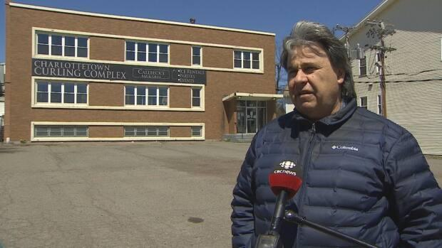 Charlottetown Coun. Mitchell Tweel says he wants the province to hold a public meeting for residents who live in the area of the current location of an outreach centre for people struggling with homelessness, poverty and mental health issues, before it moves any further ahead on a plan to move the centre to his ward. (Kirk Pennell/CBC - image credit)