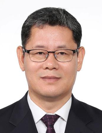 Kim Yeon-chul, a pro-engagement scholar who has headed the state-run Korea Institute for National Unification and a nominee for South Korean Unification MInistry is seen in this undated picture provided by the Presidential Blue House and released by Yonhap on March 8, 2019.   The Presidential Blue House/Yonhap via REUTERS