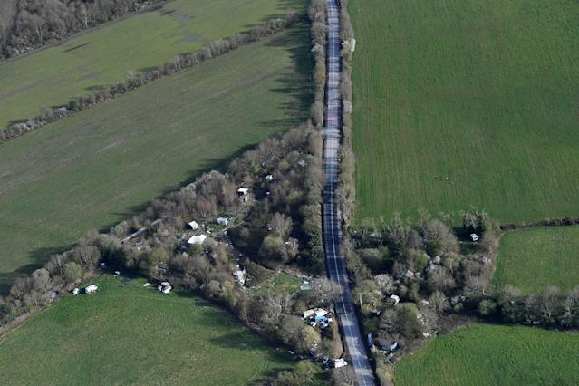 <p>An aerial picture taken on April 6, 2018 shows the RN281 road crossing the ZAD (Zone a Defendre – Zone to defend) in Notre-Dame-des-Landes, western France. (Photo: Loic Venance/AFP/Getty Images) </p>