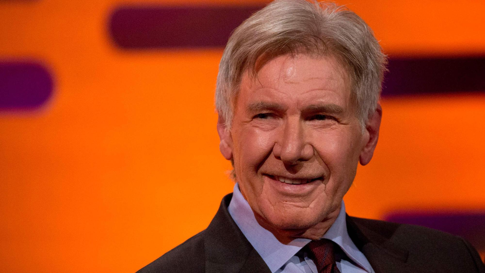 Harrison Ford reads out critical studio notes for Blade Runner at Oscars