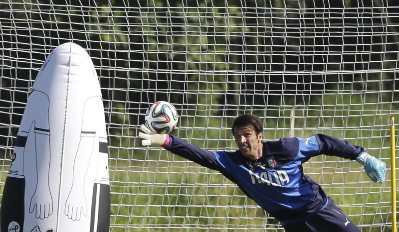 Buffon returns for Italy against Costa Rica
