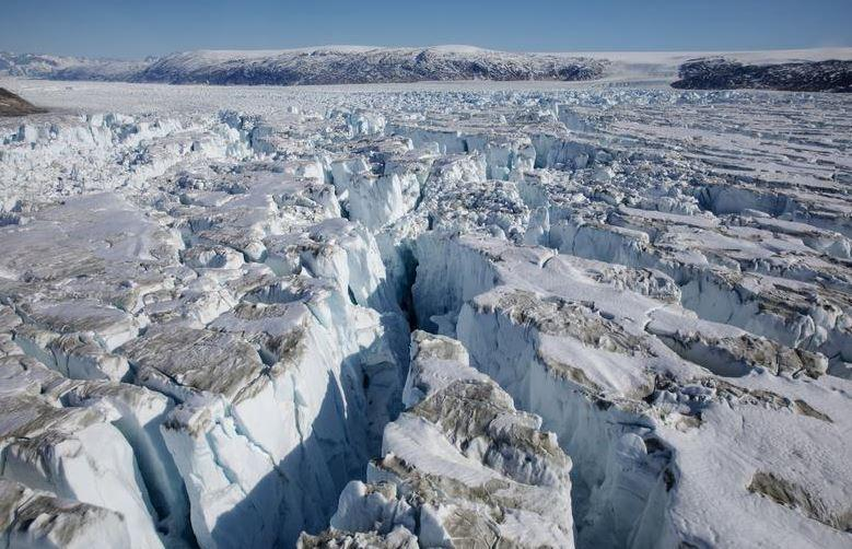 Greenland summit receives rain instead of snow for the first time ever