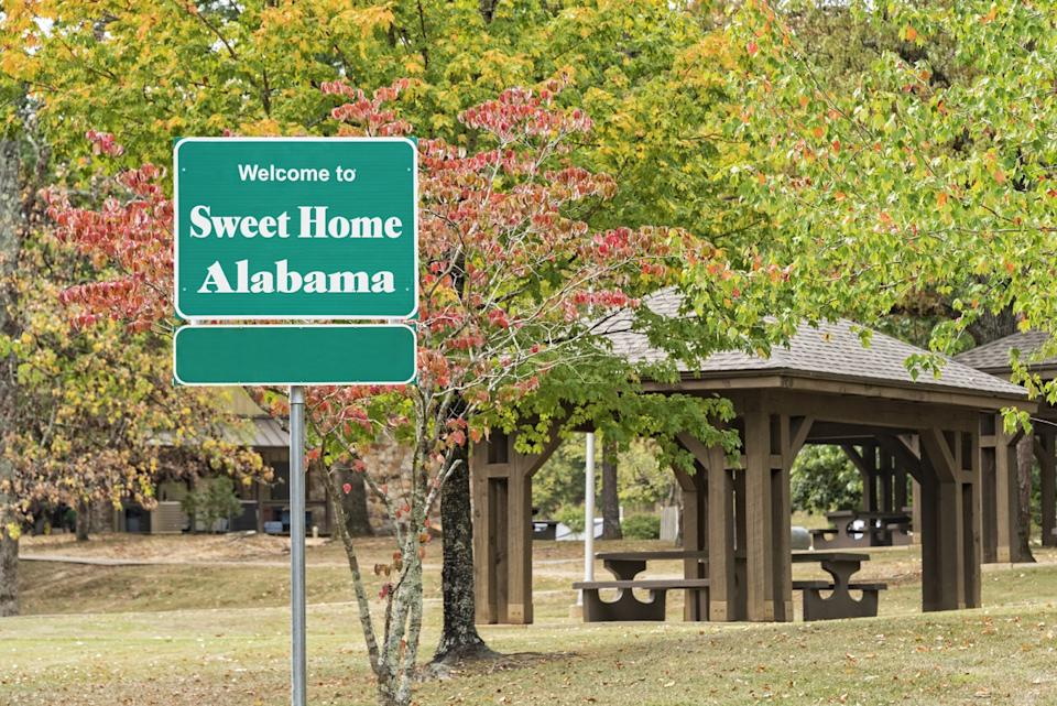 alabama state welcome sign, iconic state photos