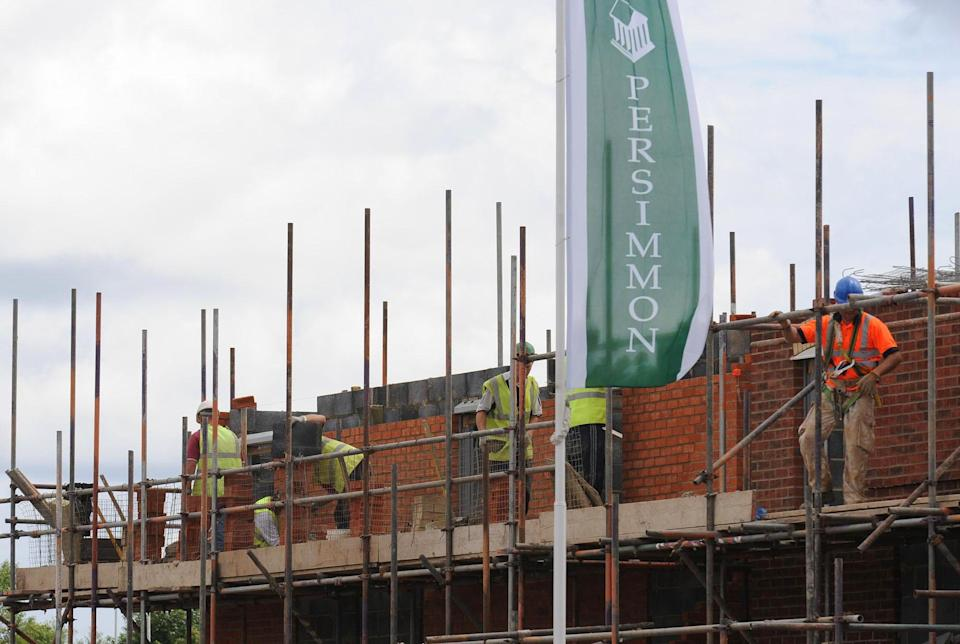 UK construction sector hit by shortage of materials and staff