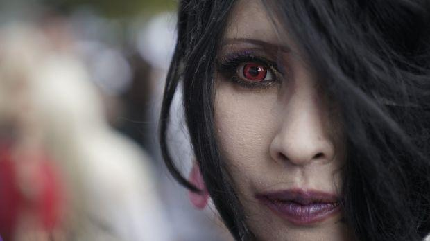 Woman wearing colored contact lenses