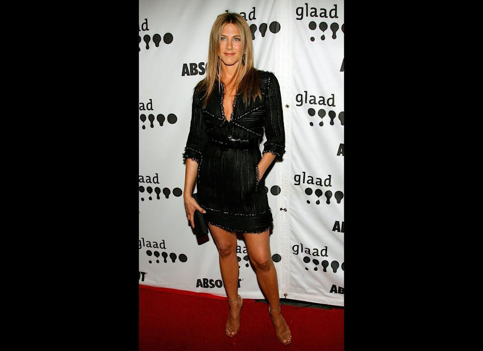 LOS ANGELES, CA - APRIL 14:  Actress Jennifer Aniston arrives to the 18th Annual GLAAD Media Awards at the Kodak Theatre on April 14, 2007 in Los Angeles, California.  (Photo by Mark Davis/Getty Images)