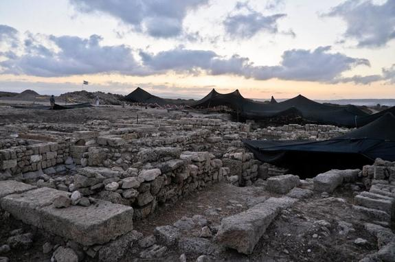 Ruins on the surface of Tel Dor, located about 19 miles (30 kilometers) to the south of Haifa, in Israel. Phoenician flasks from this site, dating back around 3,000 years, were among those that contained cinnamaldehyde, the compound that gives