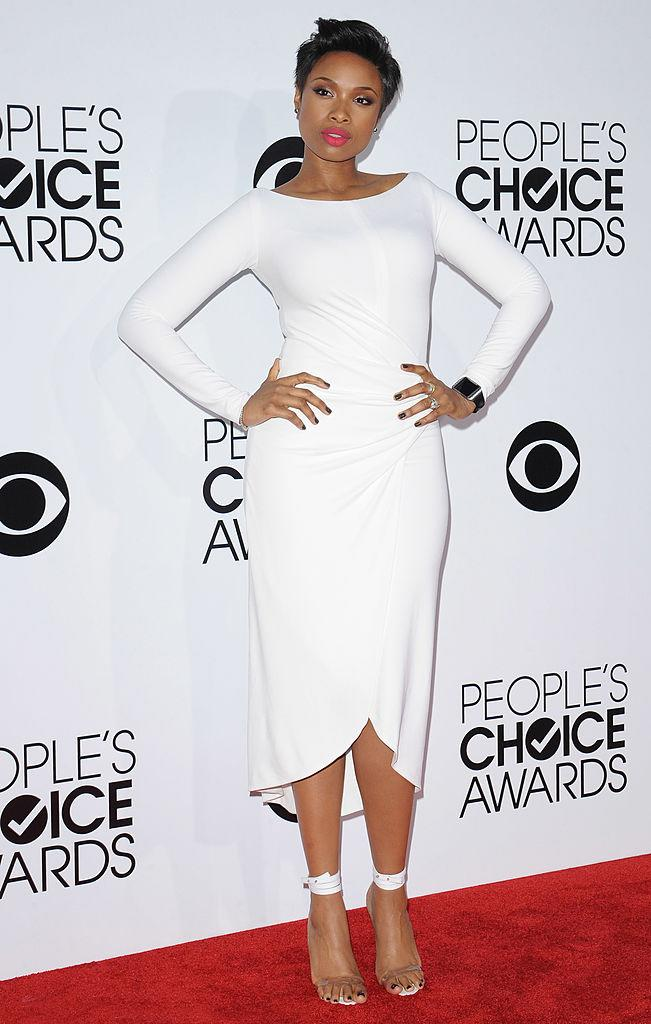 Wow! Jennifer Hudson showed off her svelte bod and killer curves in 2014 in a KaufmanFranco sheath frock. (Photo: Getty Images)