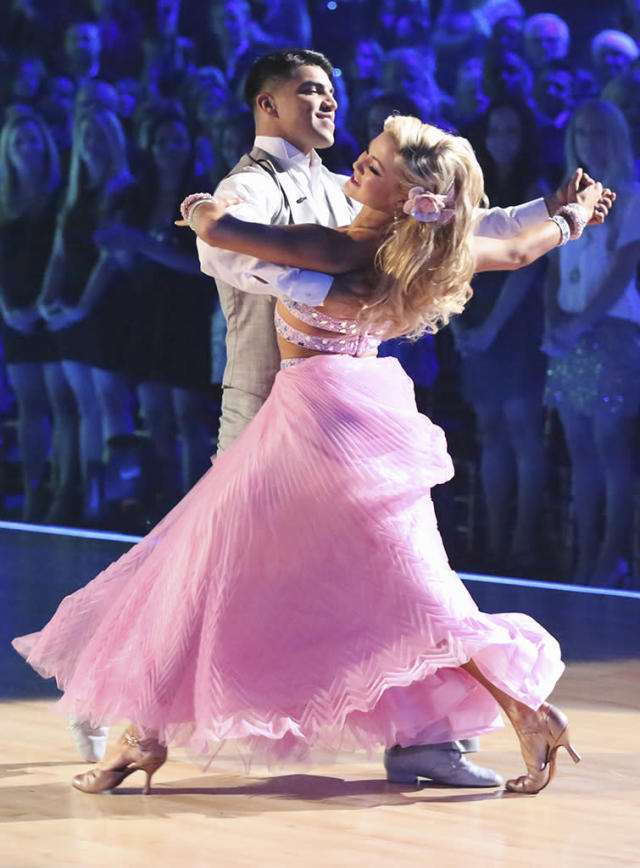 """DANCING WITH THE STARS - """"Episode 1605"""" - Nine remaining couples hit the dance floor and faced an exciting new challenge MONDAY, APRIL 15 (8:00-10:01 p.m., ET). In another first for """"Dancing with the Stars,"""" a new twist called """"Len's Side By Side Challenge"""" tasked each couple to perform a portion of their individual dance alongside a pro dance couple. (ABC/Adam Taylor) VICTOR ORTIZ, LINDSAY ARNOLD"""