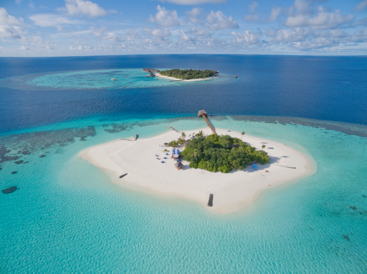 """<p><span>How about escaping to your own private island on the Maldives with your love? Lonubo Island is 500 metres away from Maafushivaru, another island in this romantic, white sand paradise. Lonubo is yours from 4.30pm until 9.30am the following day, and rooms feature king-sized beds, rain showers and a terrace. </span><a rel=""""nofollow"""" href=""""http://www.kuoni.co.uk/""""><span>Kuoni</span></a><span> has seven nights full board at the 5* Maafushivaru from £2,323pp including flights. To book, quote IO0625. [Photo: Kuoni]</span> </p>"""