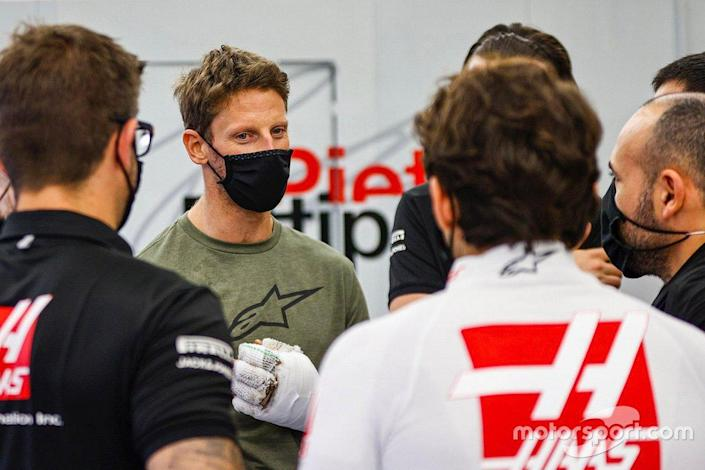 "Romain Grosjean, Haas F1 retuns to the garage after his crash<span class=""copyright"">Haas F1 Team</span>"