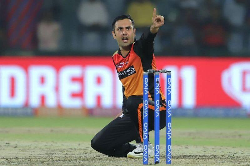 Mohammad Nabi needs to play for SRH.