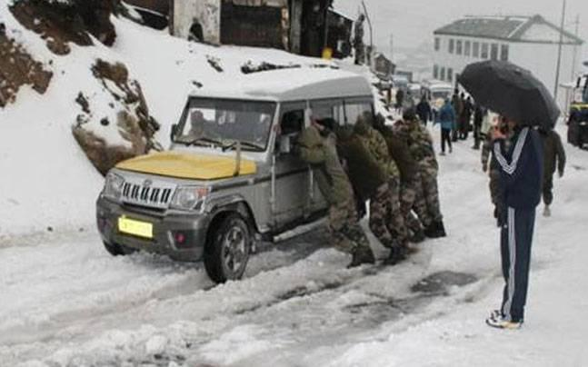 Sikkim: In five-hour-long operation, Army rescues 520 tourists stranded in hailstorm