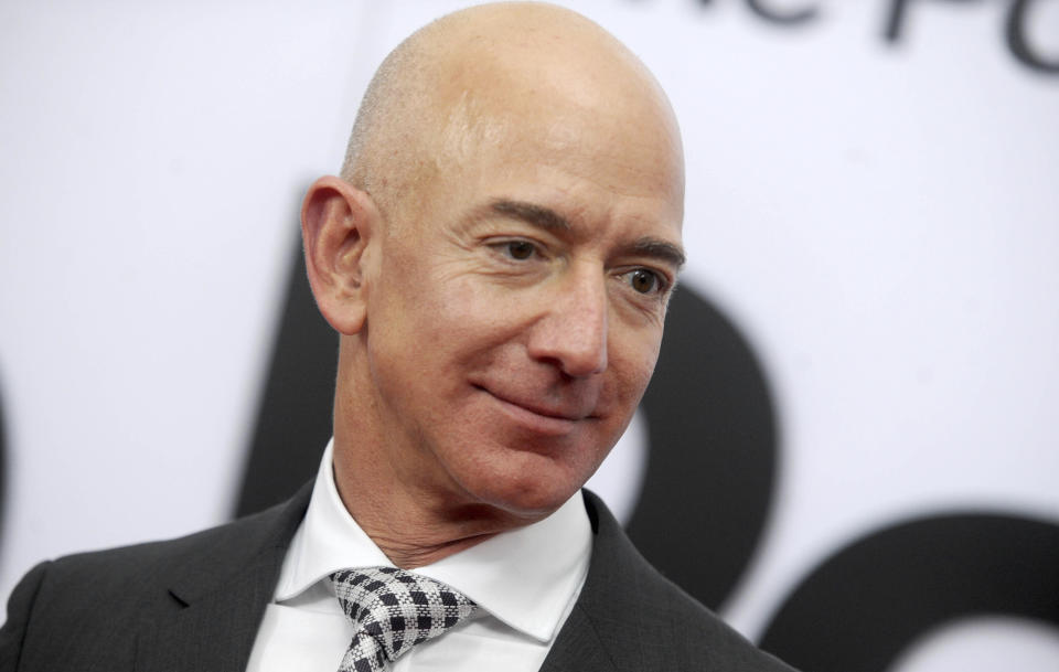 Photo by: Dennis Van TIne/STAR MAX/IPx 2021 7/25/21 Van Jones receives $100 Million from Jeff Bezos after Bezos returns from space. STAR MAX File Photo: 12/14/17 Jeff Bezos at the premiere of 'The Post' in Washington DC.