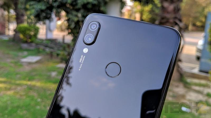 The highlight of the Redmi Note 7: The 48 MP primary camera along with a 5 MP depth sensor PS. You may mind the camera bump though. Image: tech2/Shomik