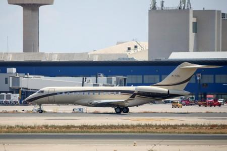View shows a Rosneft-operated aircraft carrying a passenger, believed to be CEO of Rosneft Igor Sechin, at Palma de Mallorca airport