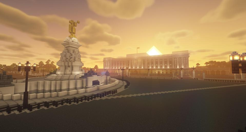 A Minecraft creation designed to look like Buckingham Palace
