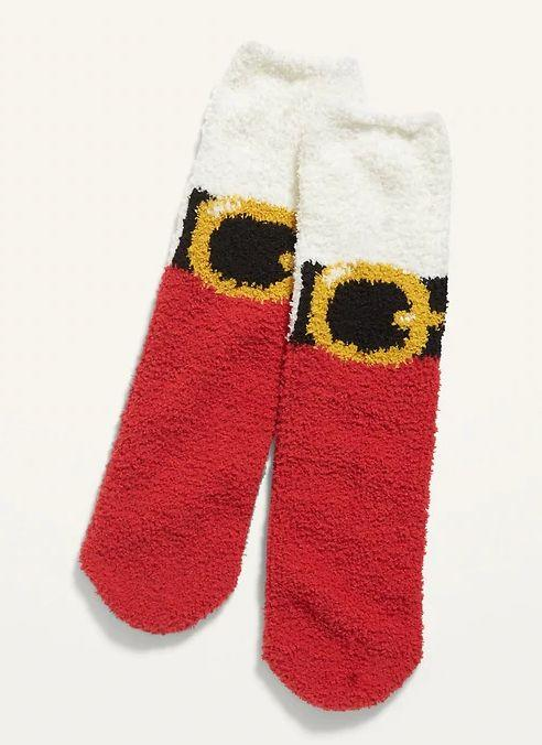 """TheseCozy Crew Socks are available in one size and 13 prints. <a href=""""https://fave.co/32CWBya"""" target=""""_blank"""" rel=""""noopener noreferrer"""">Get them on sale for 50% off (normally $6) at Old Navy</a>."""