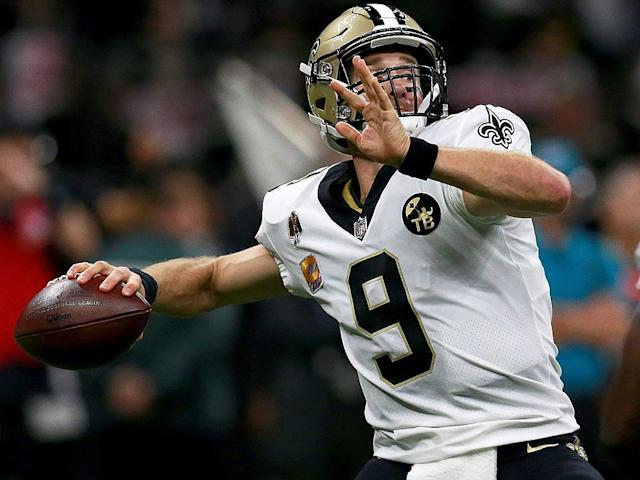 NFL Sunday preview: Both Brady, Brees eye Manning TDs record