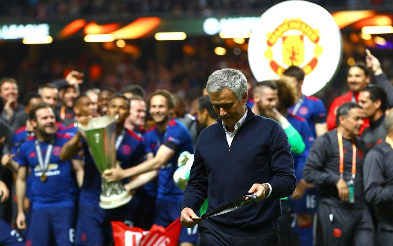 Man Utd win Europa League - reaction and latest as Jose Mourinho's side qualify for Champions League