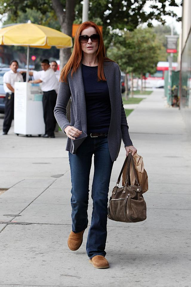 """Marcia Cross may play a desperate housewife on TV, but she's a caring one in real life. The actress was spotted delivering food to the Santa Monica hospital where her husband Tom Mahoney is currently being treated for cancer. Clint Brewer/<a href=""""http://www.splashnewsonline.com"""" target=""""new"""">Splash News</a> - January 21, 2009"""
