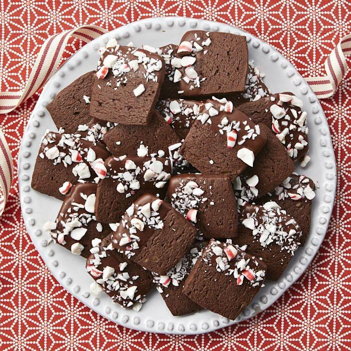 """<p>Give these easy slice-and-bake cookies the holiday treatment by dipping them in chocolate and decorating them with crushed peppermint candies.</p><p><a href=""""https://www.thepioneerwoman.com/food-cooking/recipes/a34728497/chocolate-peppermint-slice-and-bake-cookies/"""" rel=""""nofollow noopener"""" target=""""_blank"""" data-ylk=""""slk:Get Ree's recipe."""" class=""""link rapid-noclick-resp""""><strong>Get Ree's recipe. </strong></a></p><p><a class=""""link rapid-noclick-resp"""" href=""""https://go.redirectingat.com?id=74968X1596630&url=https%3A%2F%2Fwww.walmart.com%2Fsearch%3Fq%3Dpioneer%2Bwoman%2Bmixing%2Bbowls&sref=https%3A%2F%2Fwww.thepioneerwoman.com%2Ffood-cooking%2Fmeals-menus%2Fg37691893%2Fwinter-desserts%2F"""" rel=""""nofollow noopener"""" target=""""_blank"""" data-ylk=""""slk:SHOP MIXING BOWLS"""">SHOP MIXING BOWLS</a></p>"""