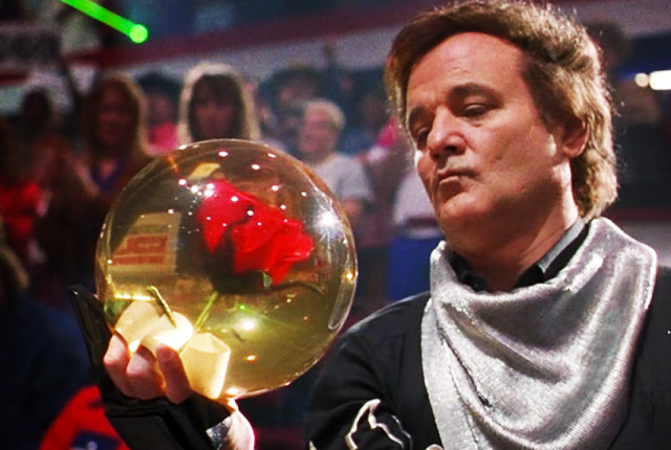 <p>In the Farrelly Brothers' underrated comedy, Bill Murray plays a cocky bowling champ who meets his match in a gentle and kind-hearted Amish man (Woody Harrelson) who moonlights as a bowling prodigy. </p>
