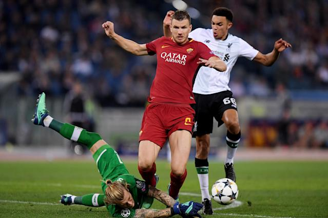 Soccer Football - Champions League Semi Final Second Leg - AS Roma v Liverpool - Stadio Olimpico, Rome, Italy - May 2, 2018 Liverpool's Loris Karius and Trent Alexander-Arnold in action with Roma's Edin Dzeko REUTERS/Tony Gentile