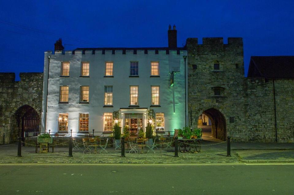 """<p>Set smack-bang in the the centre of Southampton, literally within its medieval walls, this quirky hotel has an age-old exterior with a fresh, boutique interior. </p><p>A deli with rooms, it's the ideal spot for foodies looking for a luxurious base for a city break in Southampton. At <a href=""""https://go.redirectingat.com?id=127X1599956&url=https%3A%2F%2Fwww.booking.com%2Fhotel%2Fgb%2Fthe-pig-in-the-wall.en-gb.html%3Faid%3D1922306%26label%3Dunusual-hotels-uk&sref=https%3A%2F%2Fwww.goodhousekeeping.com%2Fuk%2Flifestyle%2Ftravel%2Fg34667984%2Fquirky-unusual-hotels-uk%2F"""" rel=""""nofollow noopener"""" target=""""_blank"""" data-ylk=""""slk:The Pig-in the Wall"""" class=""""link rapid-noclick-resp"""">The Pig-in the Wall</a>, you can get the best of both worlds and get transfers to its sister hotel The Pig, in Brockenhurst, to combine soaking up the city's sights with a country escape.</p><p><a href=""""https://www.goodhousekeepingholidays.com/offers/hampshire-southampton-pig-in-the-wall-hotel"""" rel=""""nofollow noopener"""" target=""""_blank"""" data-ylk=""""slk:Read our review of The Pig-in the Wall."""" class=""""link rapid-noclick-resp"""">Read our review of The Pig-in the Wall.</a></p><p><a class=""""link rapid-noclick-resp"""" href=""""https://go.redirectingat.com?id=127X1599956&url=https%3A%2F%2Fwww.booking.com%2Fhotel%2Fgb%2Fthe-pig-in-the-wall.en-gb.html%3Faid%3D1922306%26label%3Dunusual-hotels-uk&sref=https%3A%2F%2Fwww.goodhousekeeping.com%2Fuk%2Flifestyle%2Ftravel%2Fg34667984%2Fquirky-unusual-hotels-uk%2F"""" rel=""""nofollow noopener"""" target=""""_blank"""" data-ylk=""""slk:CHECK AVAILABILITY"""">CHECK AVAILABILITY</a></p>"""