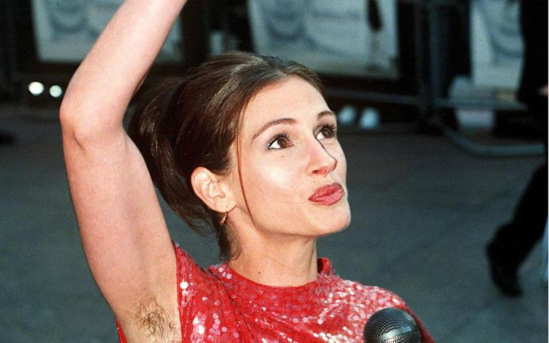 Julia Roberts at the premiere of Notting Hill in 1999 - TONY KYRIACOU/ Rex Features