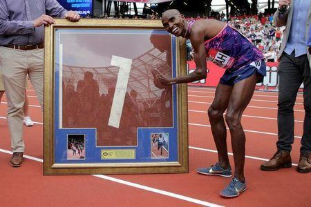 Athletics - London Anniversary Games - London, Britain - July 9, 2017 Great Britain's Mo Farah during a presentation after winning the Men's 3000m Action Images via Reuters/Henry Browne