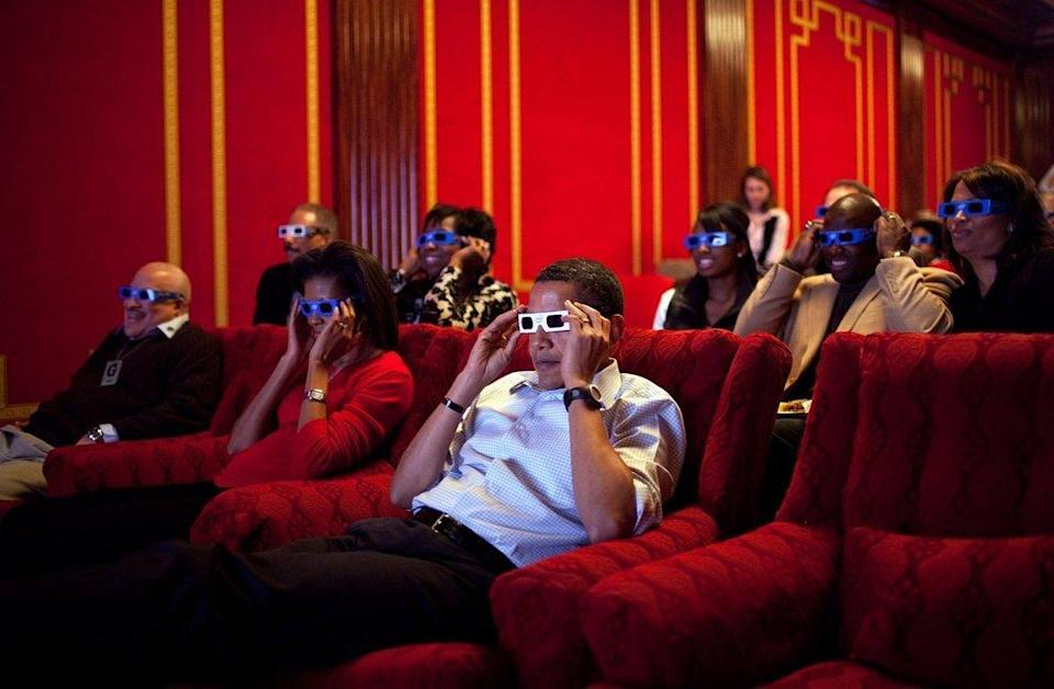 <p>When they did movie night in style. [Photo: The White House/Pete Souza]</p>