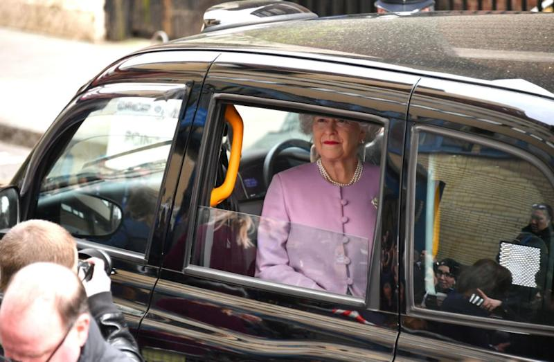 The 'Queen' arrives outside the hospital. Photo: Getty