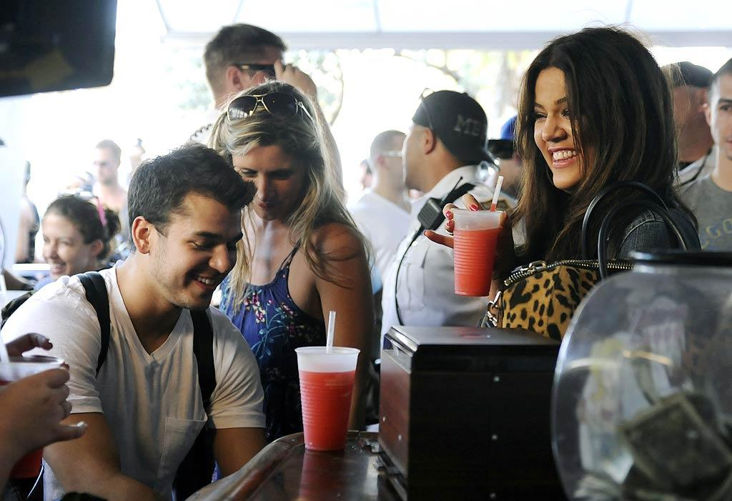 """The siblings both ordered the frozen """"Call-A-Cab"""" cocktail, which consists of 153-proof grain alcohol. The bright pink drink seems a little girly for you, Rob! <a href=""""http://www.infdaily.com"""" target=""""new"""">INFDaily.com</a> - March 9, 2011"""